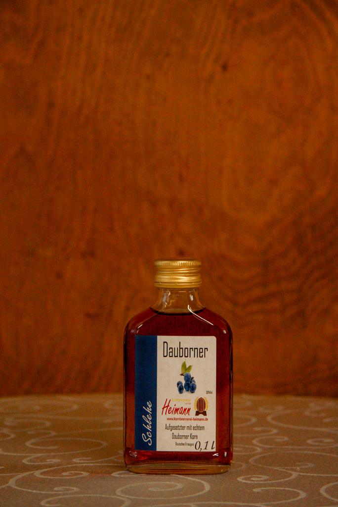 Dauborner Aufgesetzter mit Schlehen, Flasche, 30% vol.