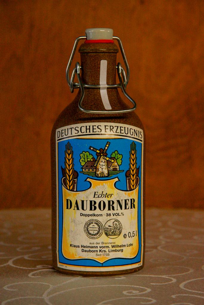 Echter Dauborner Doppelkorn, Krug, 38% vol.